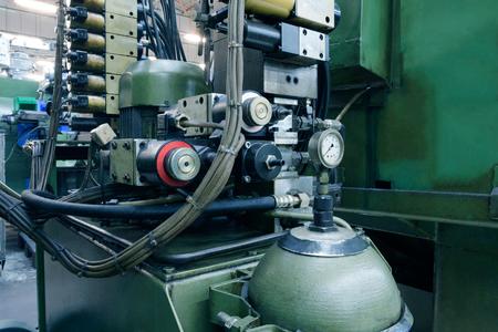 Hydraulic system control hight pressure oil