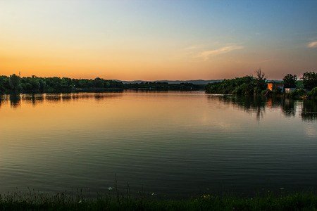 Sunset on Borkovac Lake in Ruma, Serbia Banque d'images