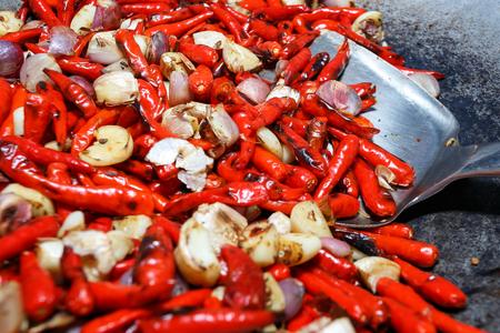 roasting pan: Chili and garlic and shallots Roasting on pan, food ingredient, background