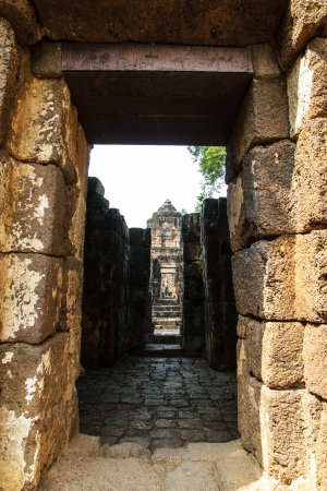 moulder: Ancient Thailand: temples in Kanchanaburi, known as the National Historic Sing.