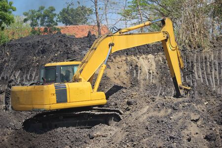 construction machinery is working on road projects and building structures 版權商用圖片