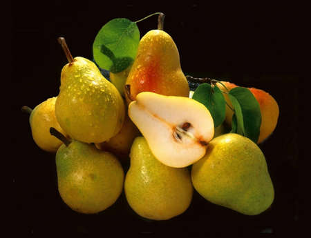 bunched: Pears bunched together