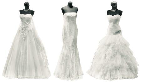 クリッピング パスで分離された 3 つのウェディング ドレス