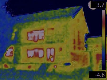 Wärmebild des Hauses Standard-Bild