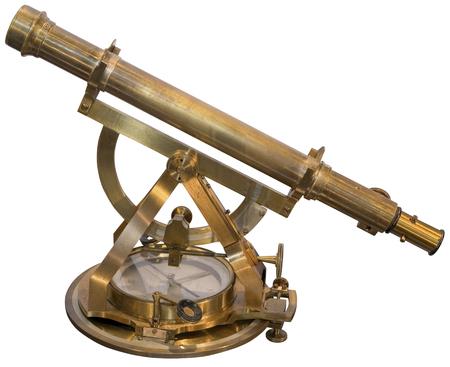 두 눈에 보이는 물체 사이의 플랜지를 측정하기위한 이전 황동 육분의 악기