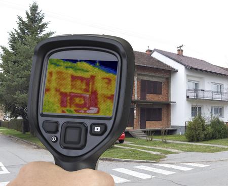 Raw Brick Semi Haus Thermal Imaging abgelöst