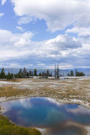옐로 스톤 국립 공원은 흐려있다. 스톡 콘텐츠