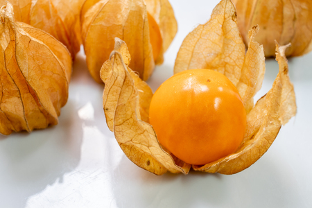 Close up of cape gooseberry in a bowl Stockfoto