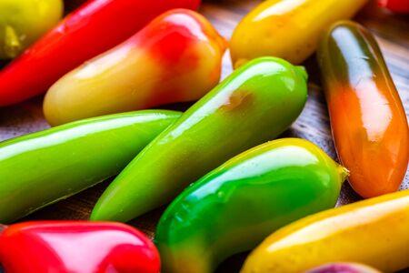 Fruit Shaped Mung Beans, deletable imitation fruits, Kanom Look Choup, Thai dessert Stockfoto