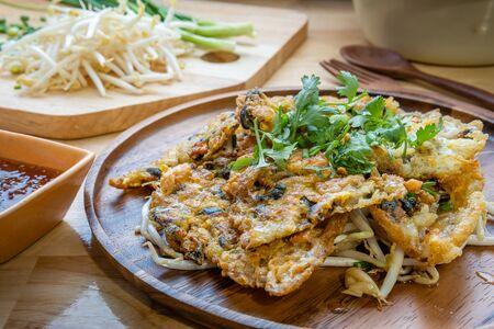 mussel fried in egg batter, Hoi Tod,Thai street food