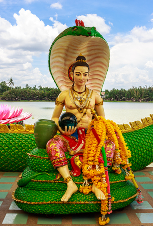 The King of Nagas statue at saman temple, thailand. Standard-Bild