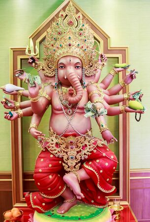 Ganesh God statue at Saman Rattanaram Temple