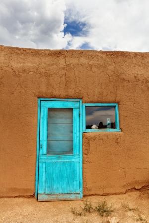 Blue Door - Taos Pueblo Foto de archivo