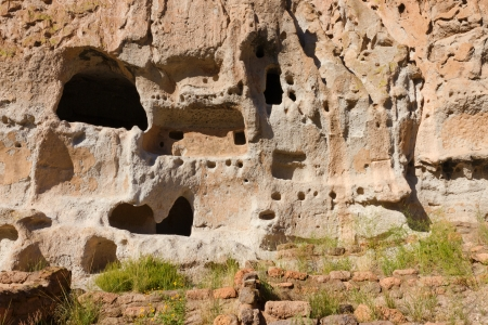 cave house: Cave House, Bandelier National Monument Stock Photo