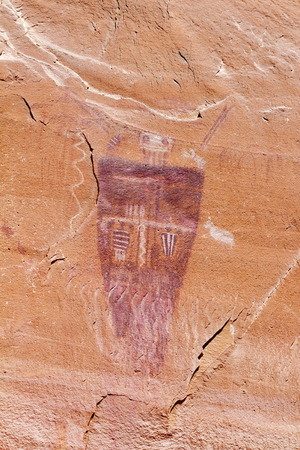 canyonlands national park: Great Gallery Pictoraphs at Horseshoe Canyon Canyonlands National Park UT. These Lifesize anthropomorphic figures are called Barrier Canyon Style. Stock Photo