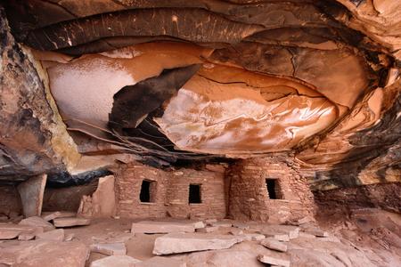 anasazi: Fallen Roof Ruin in Cedar Mesa, UT