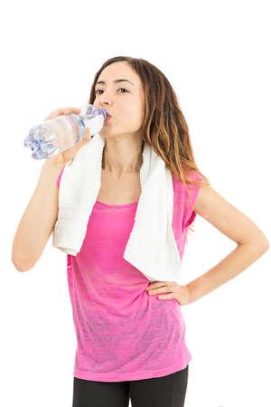or thirsty: Mujer deportiva sed y el agua potable Foto de archivo