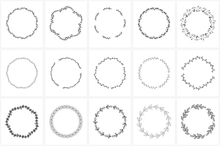 Hand Drawn Wreaths and Frames bundle for creating, wedding invitations and greetings cards. Floral frames, wreaths. Leaves, swirls, floral elements. 向量圖像