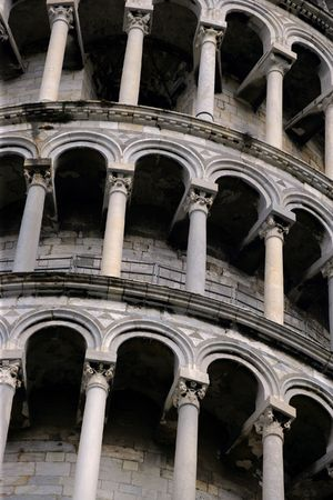italien: Close up of the arches from the Leaning Tower of Pisa.