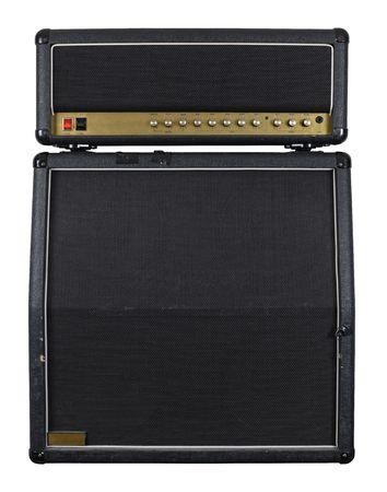 Foto der Vorderseite eine Combo-Gitarren-Verstärker mit Lautsprechergehäuse.