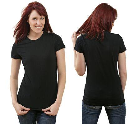 camisa: Hembra joven pelirroja hermoso con camisa negra en blanco, la frente y la espalda. Listo para su dise�o o logotipo.