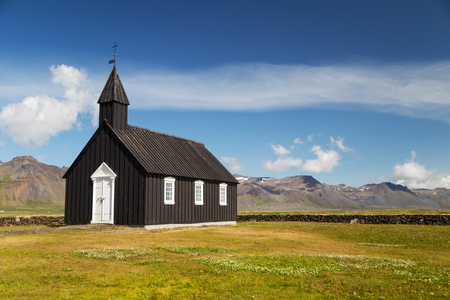 ir: The church at Budir Stadastad on Snaefellsnes peninsula in Iceland