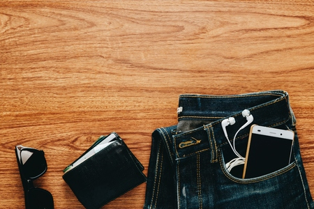 Men's accessories on wooden table. 免版税图像