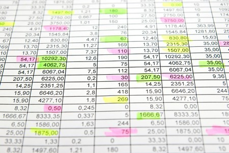 dichiarazione: RAWS dei numeri. Alcuni numeri sono indicatori selezionati. Concentrarsi sul centro