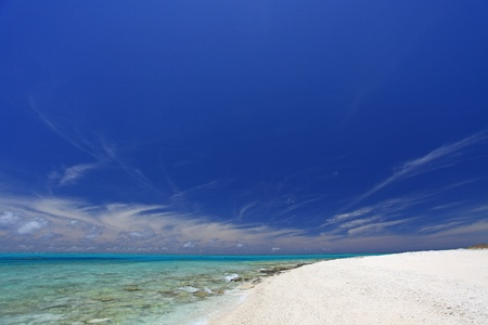 The cobalt blue sea and blue sky of Okinawa Stock Photo - 15103140