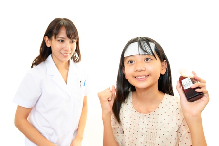 Smiling pharmacist and child Stock Photo - 15959123