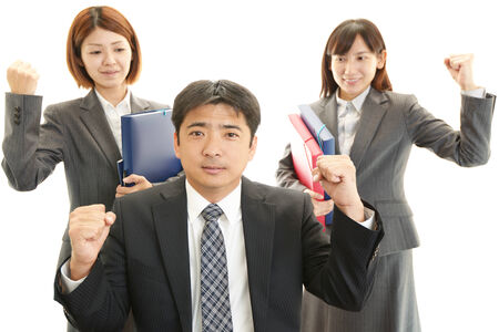 liveliness: Smiling businessman and businesswomen