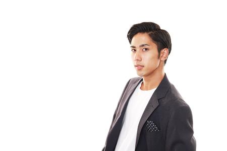 modelos masculinos: Retrato de un hombre guapo