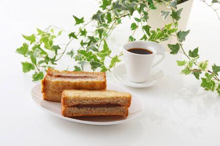 jelly sandwich: Jelly sandwich with coffee