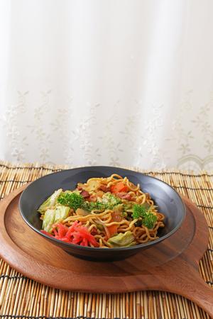 yakisoba: Japanese cuisine � Yakisoba