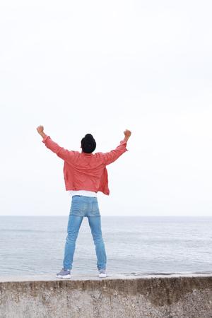 refrescar: Hombre feliz