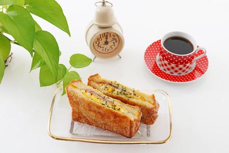日本: Coffee and bread 写真素材