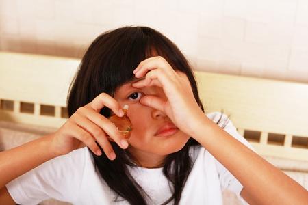 eyestrain: The girl with eyestrain
