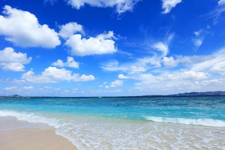 오키나와의 아름다운 해변 스톡 콘텐츠