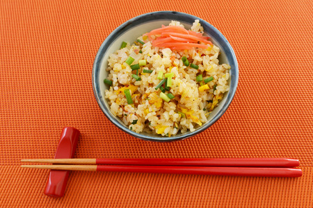 A bowl of fried rice 免版税图像