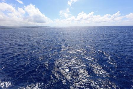 Blue sky and sea of Okinawa 免版税图像