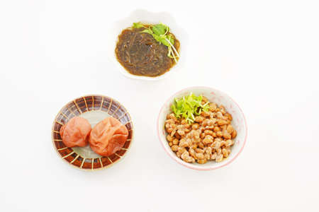 Delicious Japanese traditional foods isolated on white background. 免版税图像