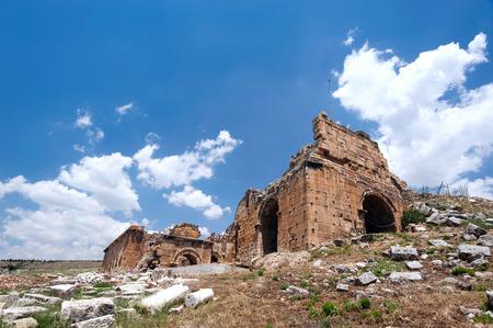 pamukkale: Ancient castle in Pamukkale