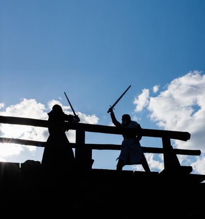 rycerz: Starożytna rycerzy walki sylwetki mistyczka Zdjęcie Seryjne