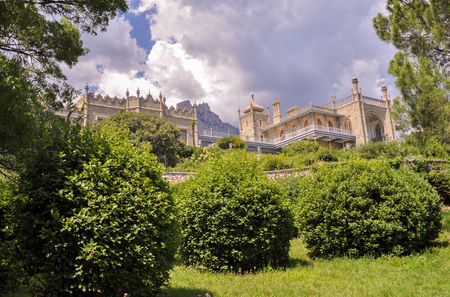 Vorontsov Palace with Ai-Petri mountains in the background Stock Photo