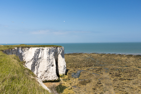 manche: White cliffs from afar Stock Photo