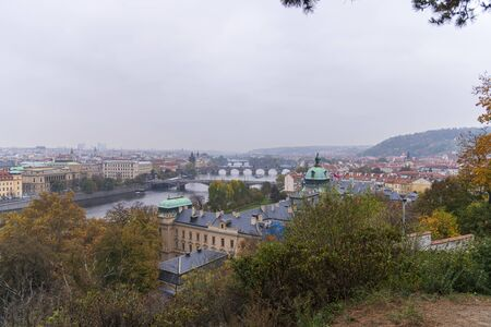 View of the Vltava river and Old Town in Prague. Czech Republic 版權商用圖片 - 138609701