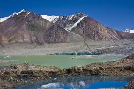 v lake: Mountain lake