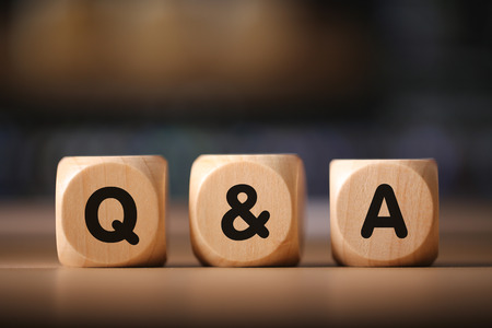 Close-up Shot of Q and A wooden blocks. Stockfoto