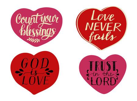 Ensemble de 4 cœurs avec des citations manuscrites Comptez vos bénédictions. Dieu est amour. Confiance dans le Seigneur Vecteurs