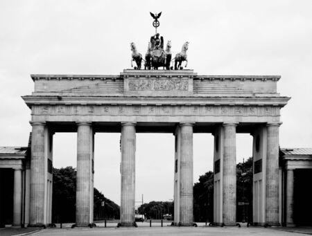 black and white image of Brandenburger Tor in  Berlin Stock Photo - 3175983
